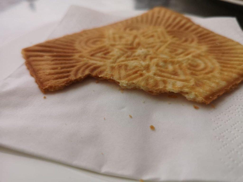 Leckere Friesenwaffel aus dem Cafe Schult